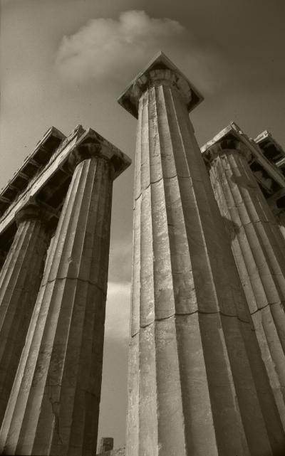 Luís Barreira  Colunas Dóricas, 1984  Grécia  série: antiguidade clássica  Fotografia  arquivo:1984_SLIDE_Grecia_1303