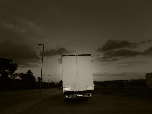 """Luís Barreira  """"veículo longo"""", 2014  série:   empty spaces    Fotografia  arquivo:2014_02_01_IMG_5078"""