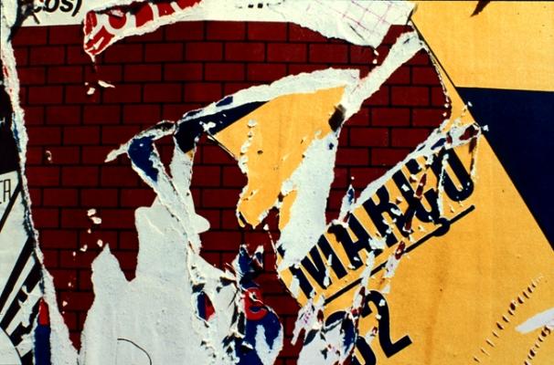 Luís Barreira  s/título, março, 1982  série:   entropia    Fotografia  Diapositivo digitalizado  arquivo: 1982_SLIDE_2105