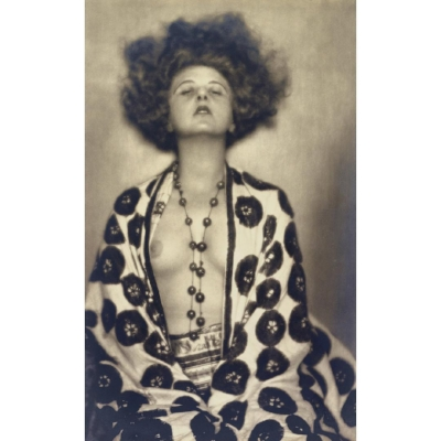 Elsie Altmann-Loos  by  Dora Kallmus, 1922