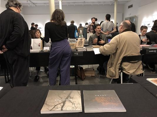 Na Feira do Livro de Fotografia de Lisboa, 2018  Publicações: LAVRA e REDUTOS  Fotografia  arquivo: 2018_11_24_IMG_5016