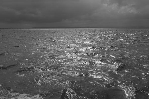 Luís Barreira  Rio Tejo, 2018  série: seascapes  Fotografia  arquivo: 2018_07_01_DSCF8233