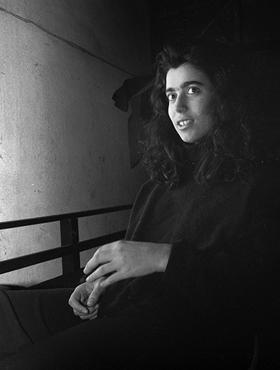 Marta Tereno (Crawford) by Luís Barreira  Lisboa, 1989  série: portraits  Fotografia  Gelatina Silver print  arquivo: 1989_FOLIO_077_15756