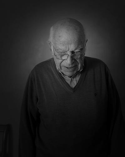 Luís Barreira  by  Luís Barreira (filho)  aniversário 27.06.19  90 anos  série: portraits  Fotografia  arquivo: 2019_06_27_DSCF3043  câmara: Fujifilm X100F