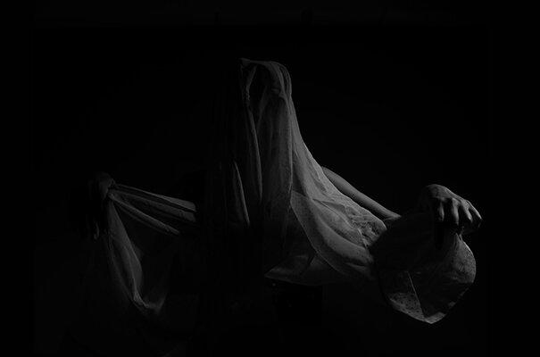 """Luís Carvalho Barreira  """"portrait"""", 2019  serie: palavras nuas  Fotografia  arquivo: 2019_09_21_NK2_5680  câmara: Nikon D800"""