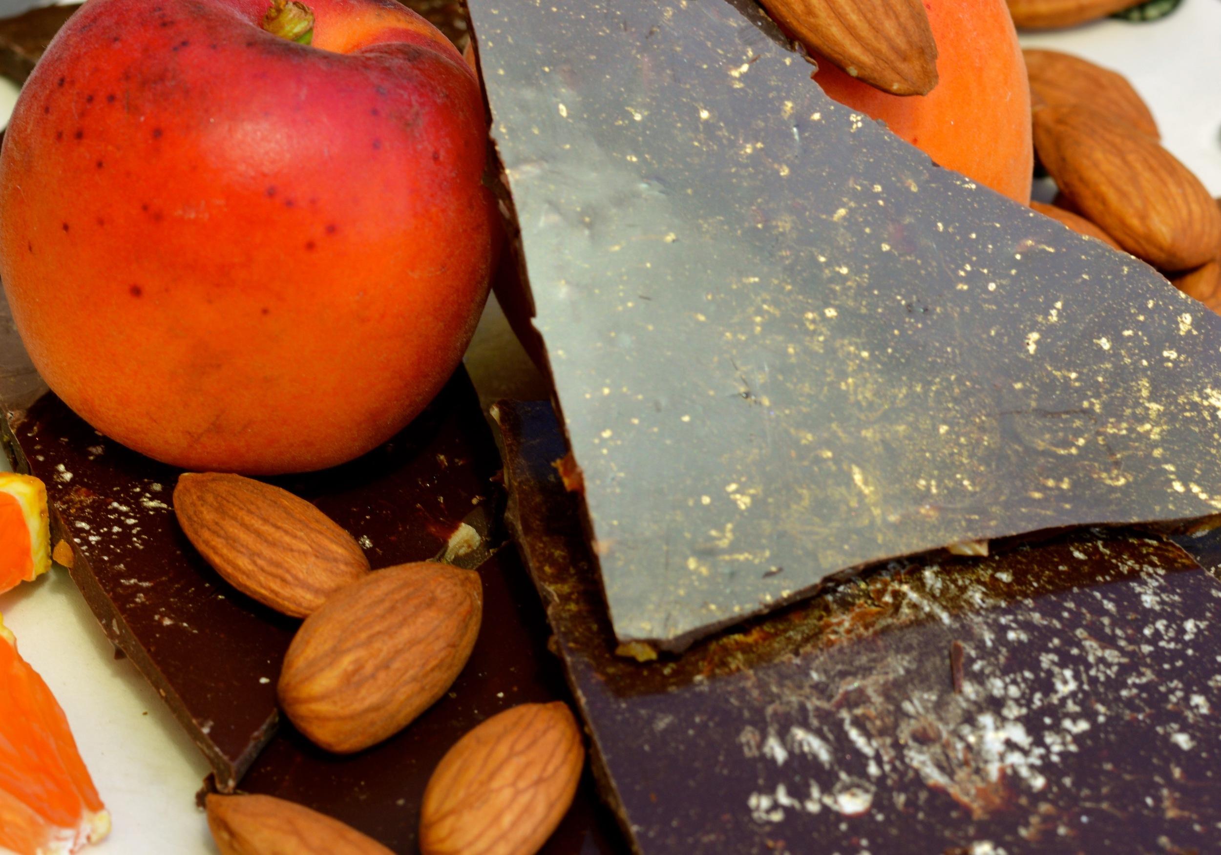 64 % dark chocolate, tangerine, toasted almond, apricot bark