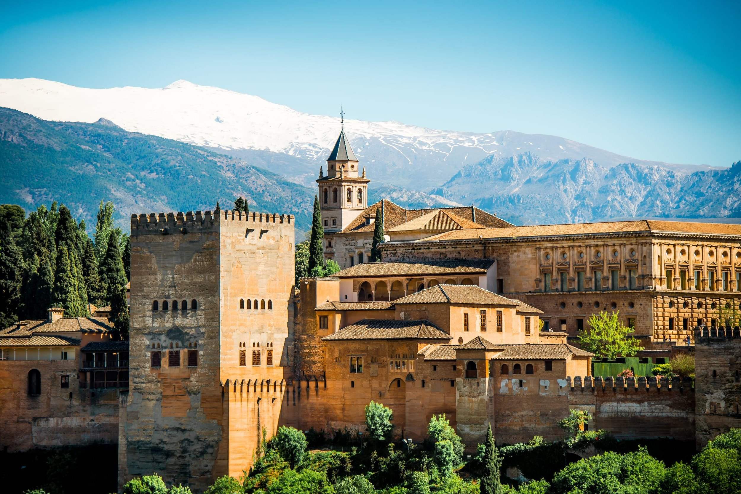 Sightseeing in andalucia - Southern Spain is beautiful. Extend your trip and see more of Andalucia. From Alhambra to Seville, a truly amazing holiday for you and your family.