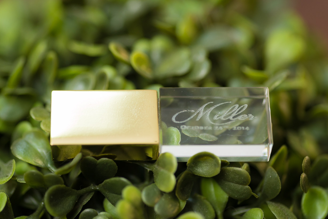 Crystal USB Storage Drive Wedding Photos-5.jpg