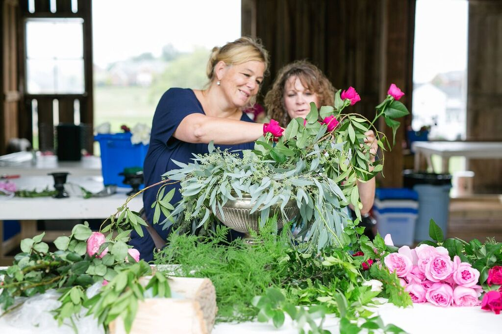 Holly teaching at the first Hope Flower Farm workshop in August of 2015. Photo by  Jodi Miller Photography .
