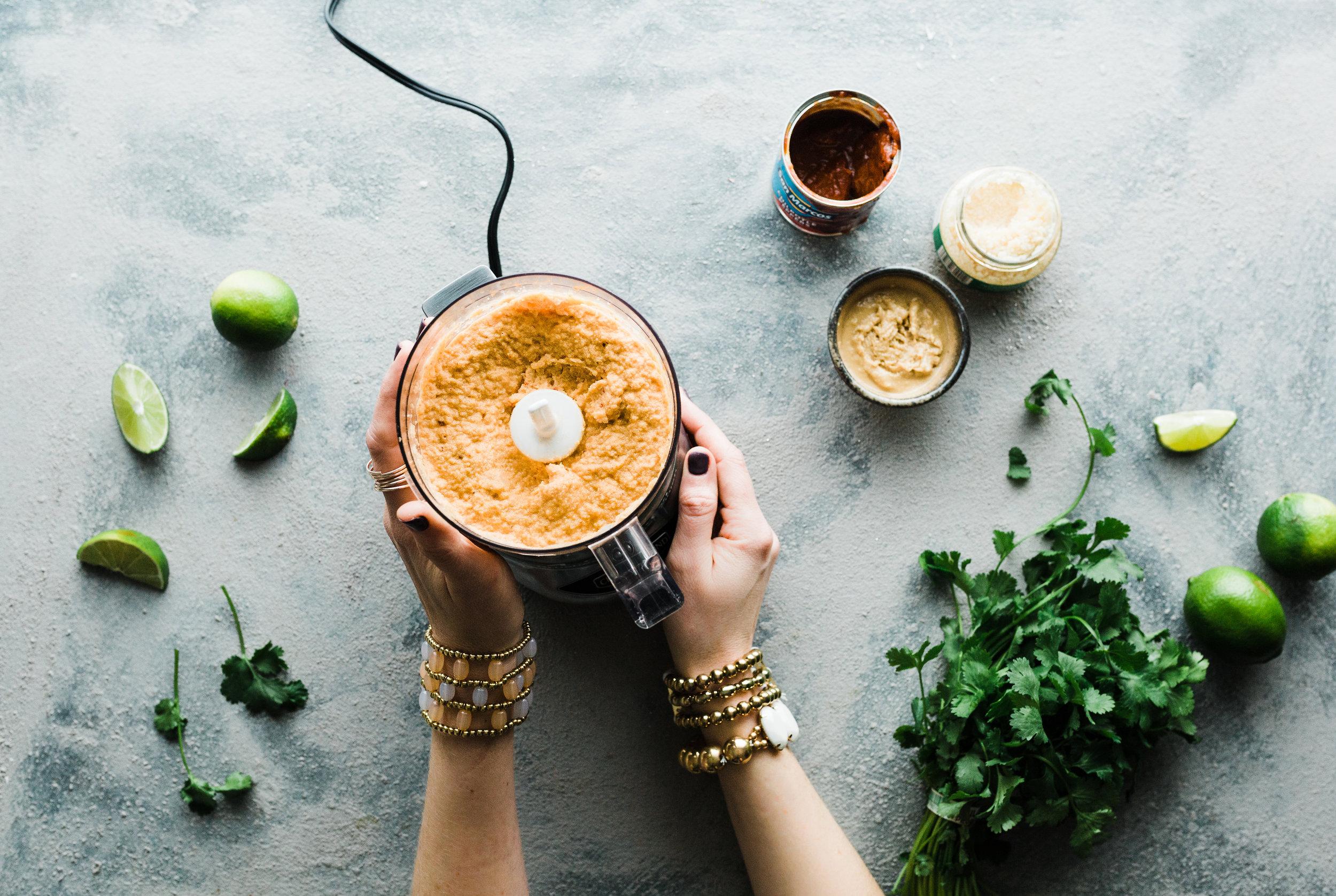 Chipotle Honey Cauliflower Hummus (Paleo)