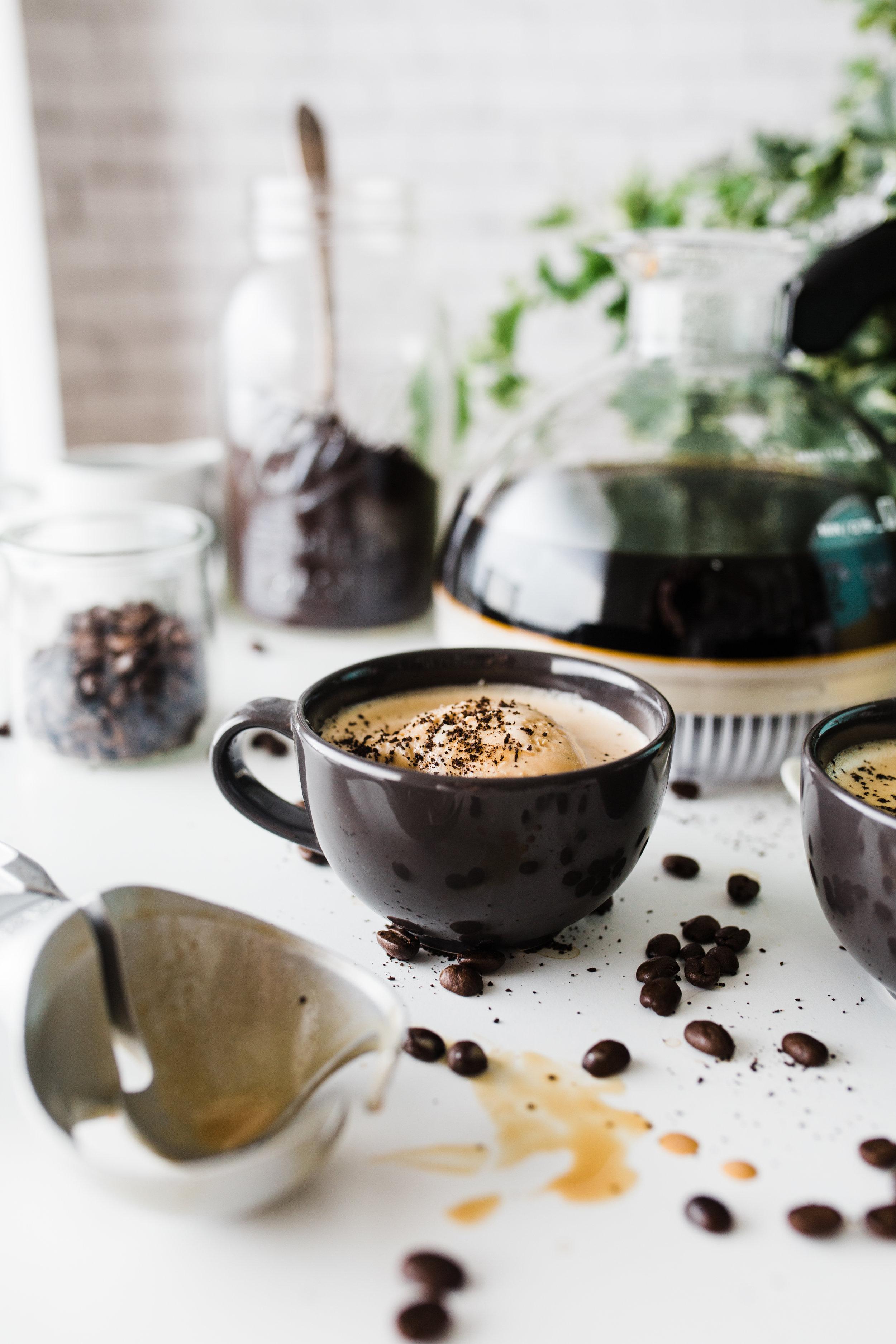 2018-02 IHA COFFEE - Vaccum - Salted Caramel Affogato 10.jpg
