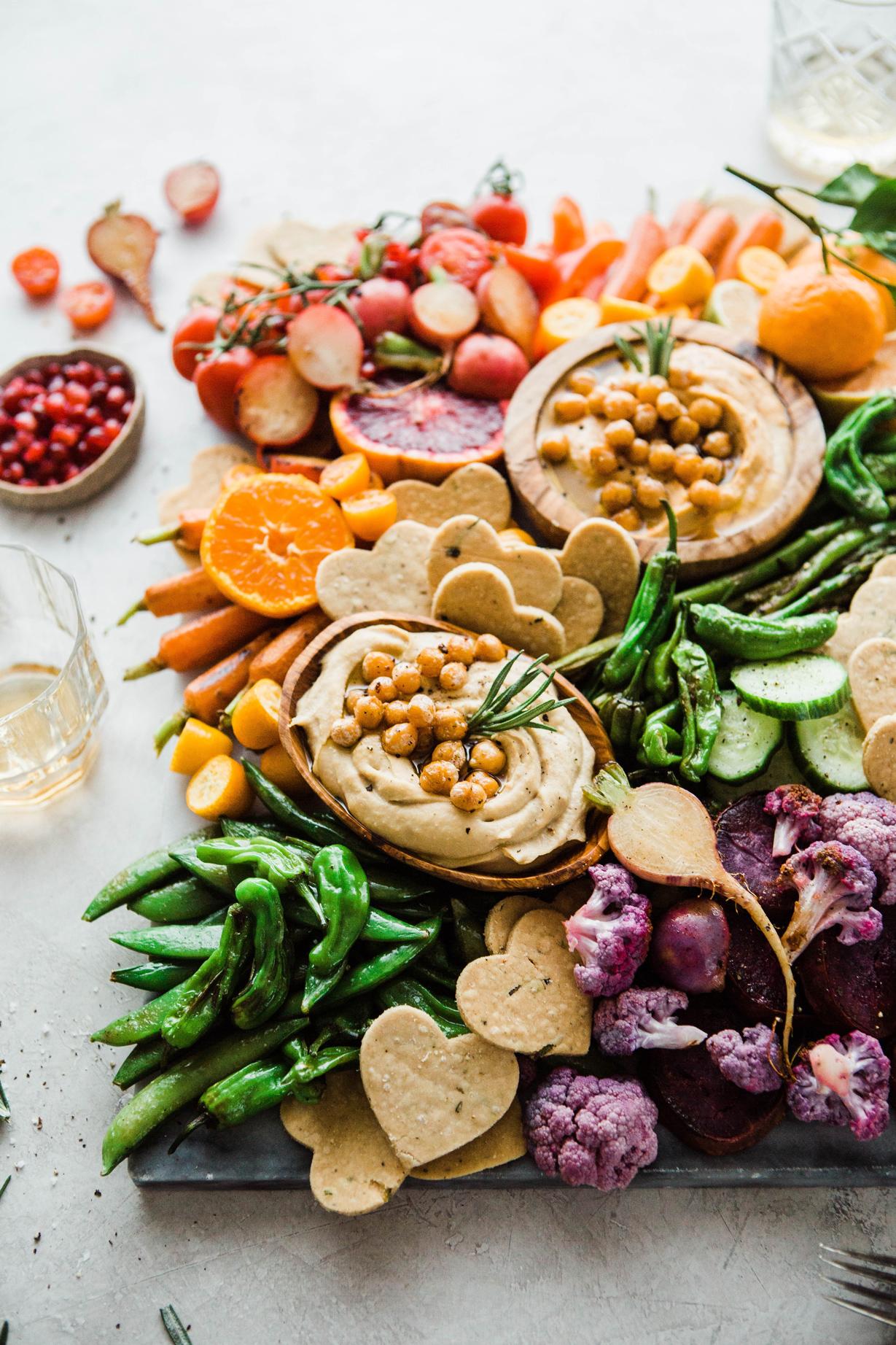 2019-01-BRM-Homemade-Paleo-Rosemary-Crackers-with-Cassava-and-Rainbow-Veggie-Platter-14.jpg