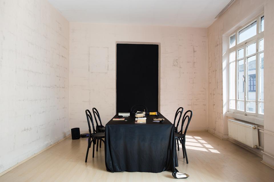 DinnerNoire_Exhibition-1.jpg
