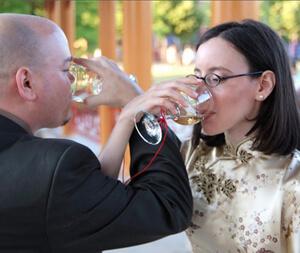 double_wine_sharing.jpg