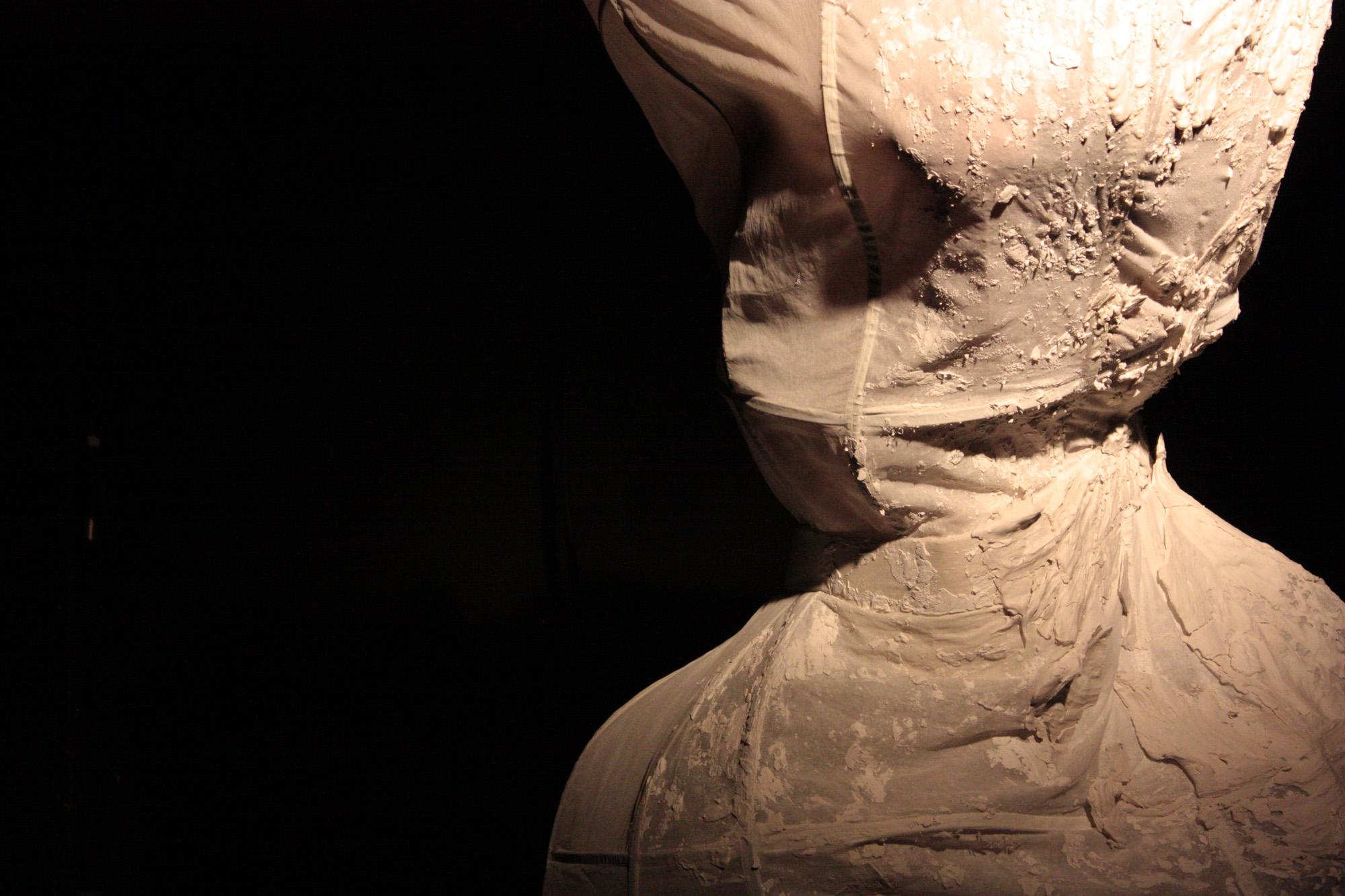 Sutre clay mannequin.jpg