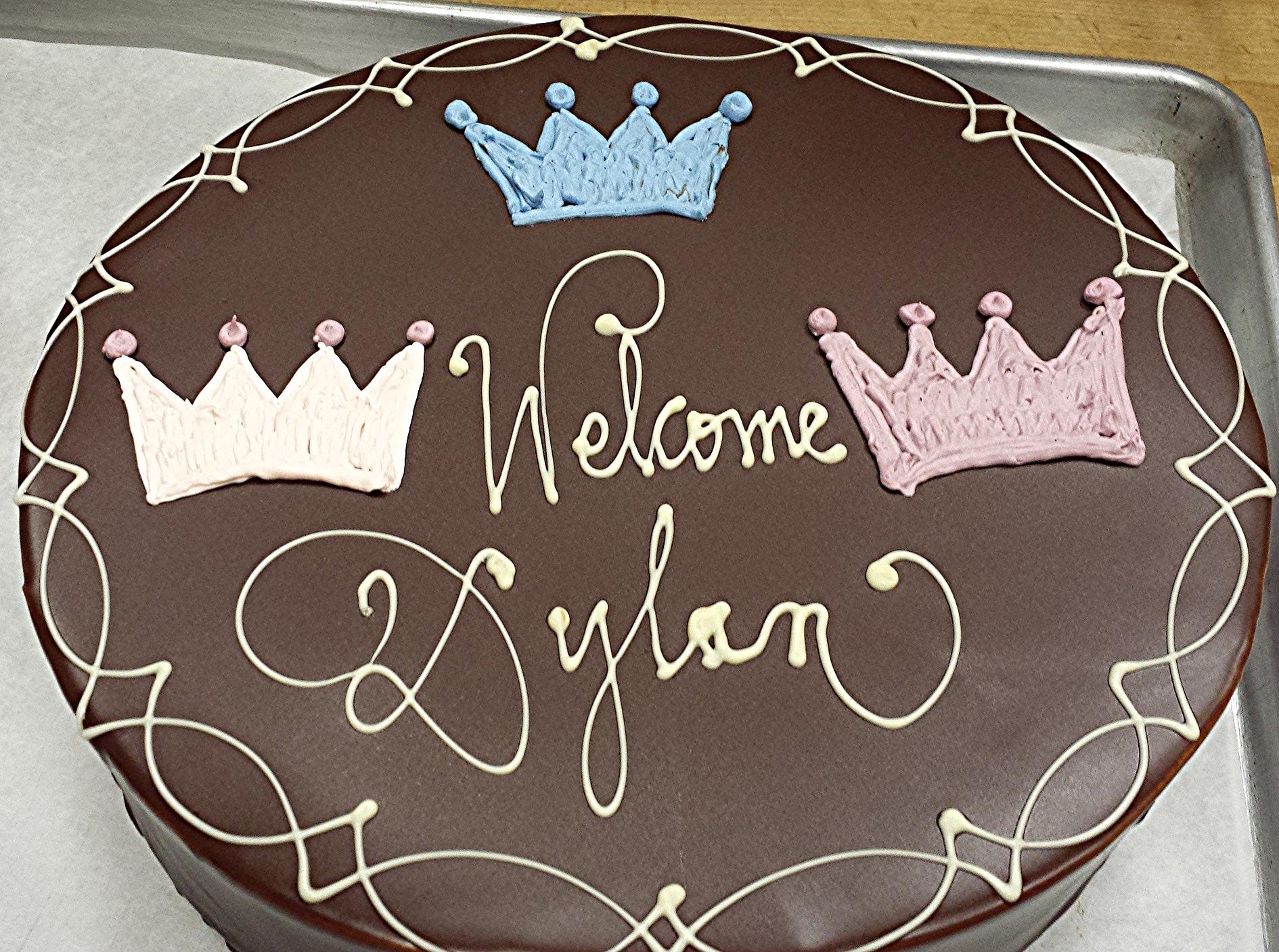 10 inch chocolate cake.jpg