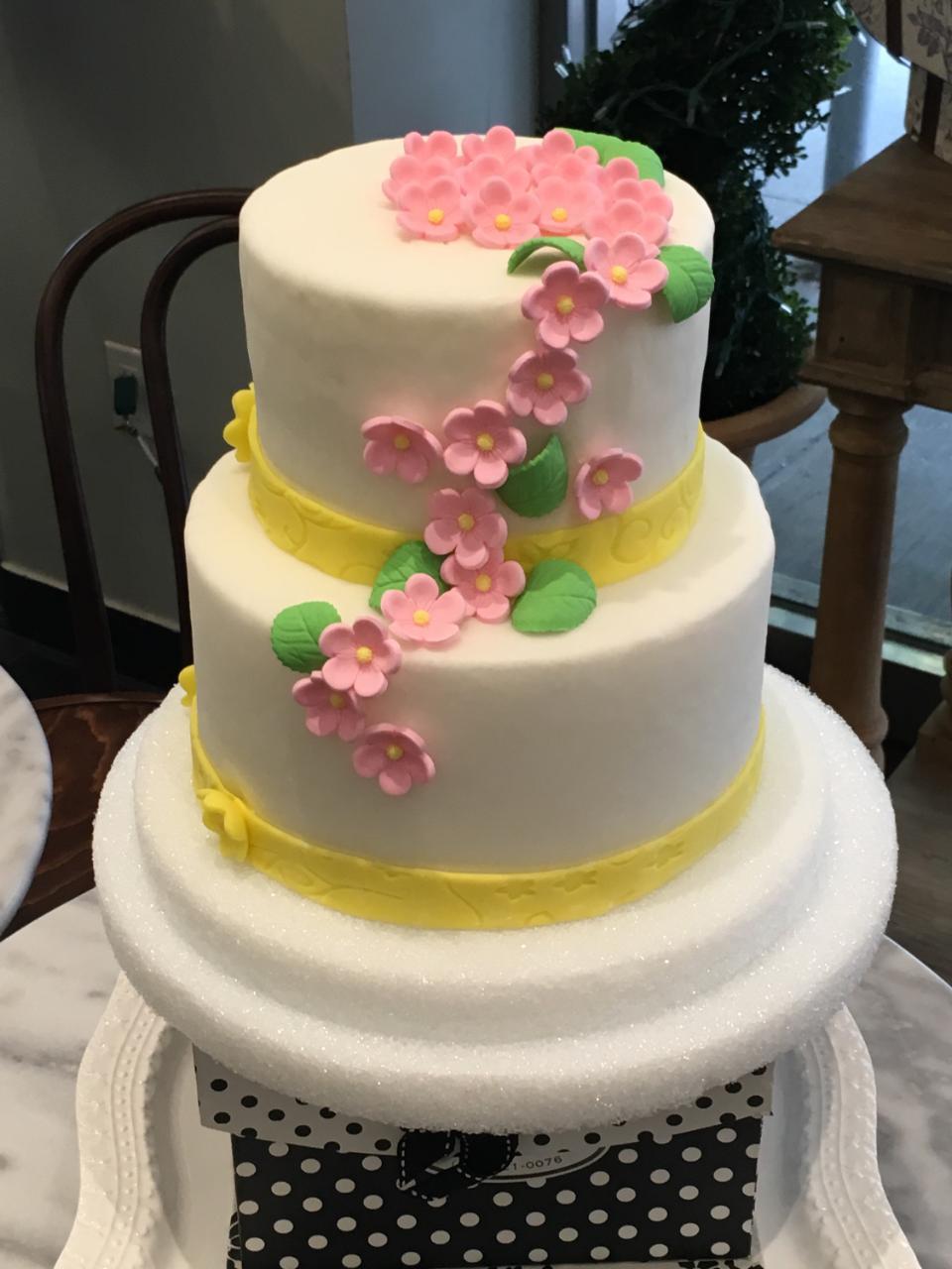 Mother's Day 2-tier cake.jpg