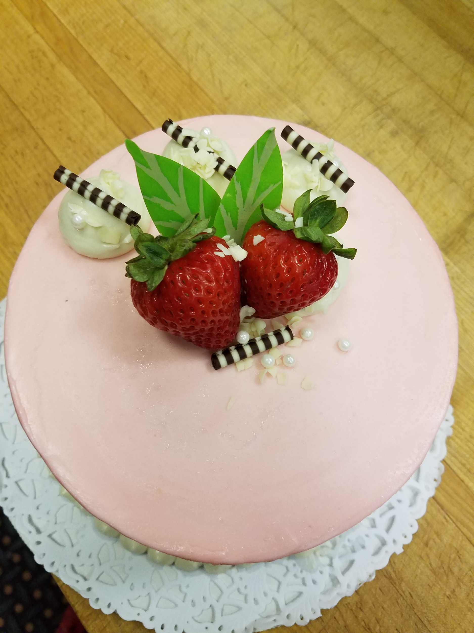 pink strawberry cake.png