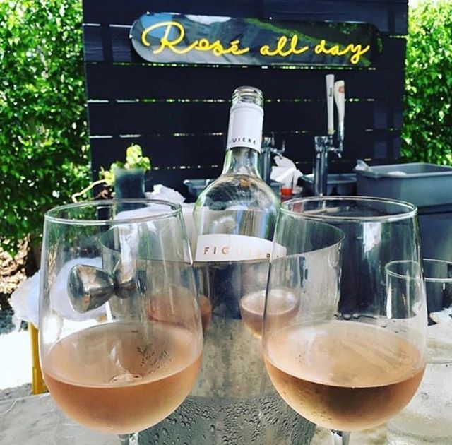 While we are BIG fans of the motto, Rosé ALL day — it doesn't hurt to remind that today is #winewednesday ✨🍷🥂✨ || #HappyHour starts at 5PM where you can score $5 glasses of wine! || #winedownwednesday || rp :: @sipnsweat