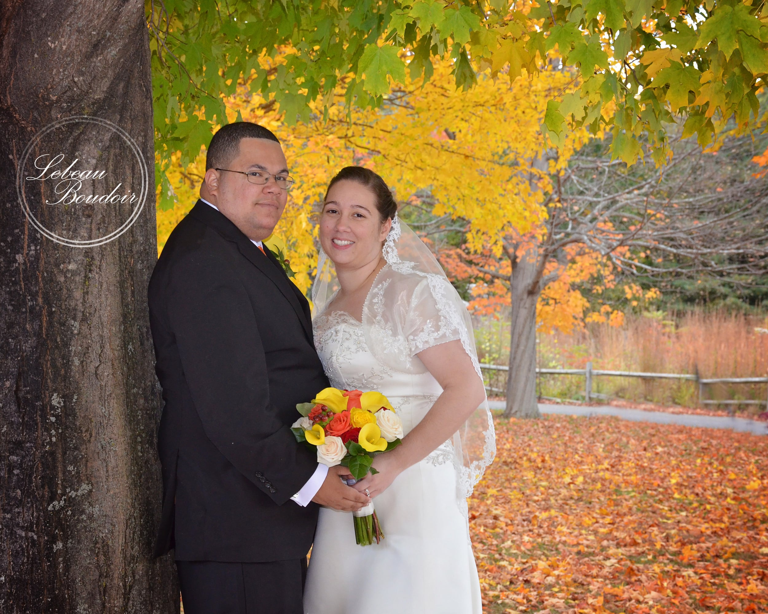 fall wedding under the colorful tree