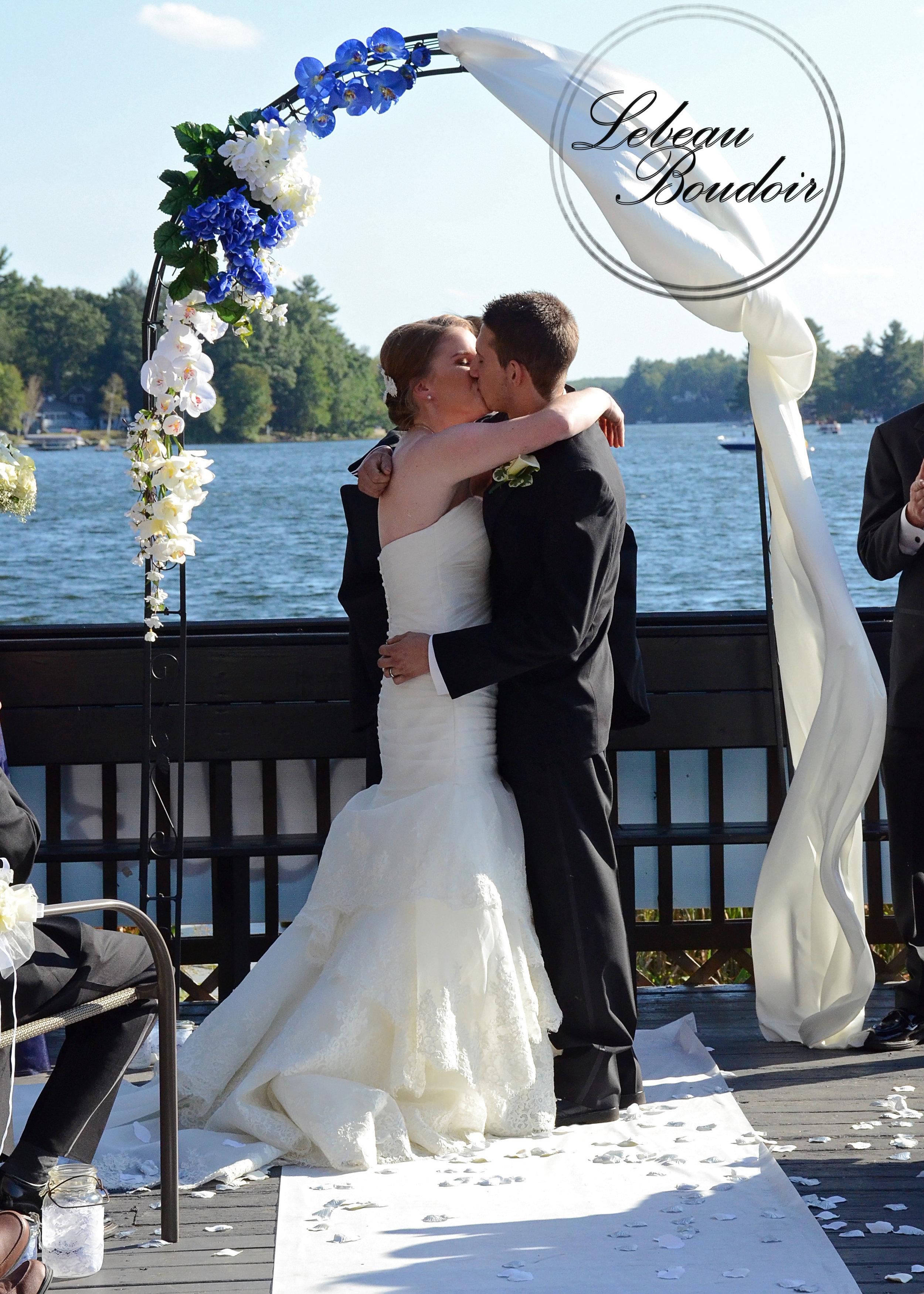 lake congamond southwick weddings first kiss