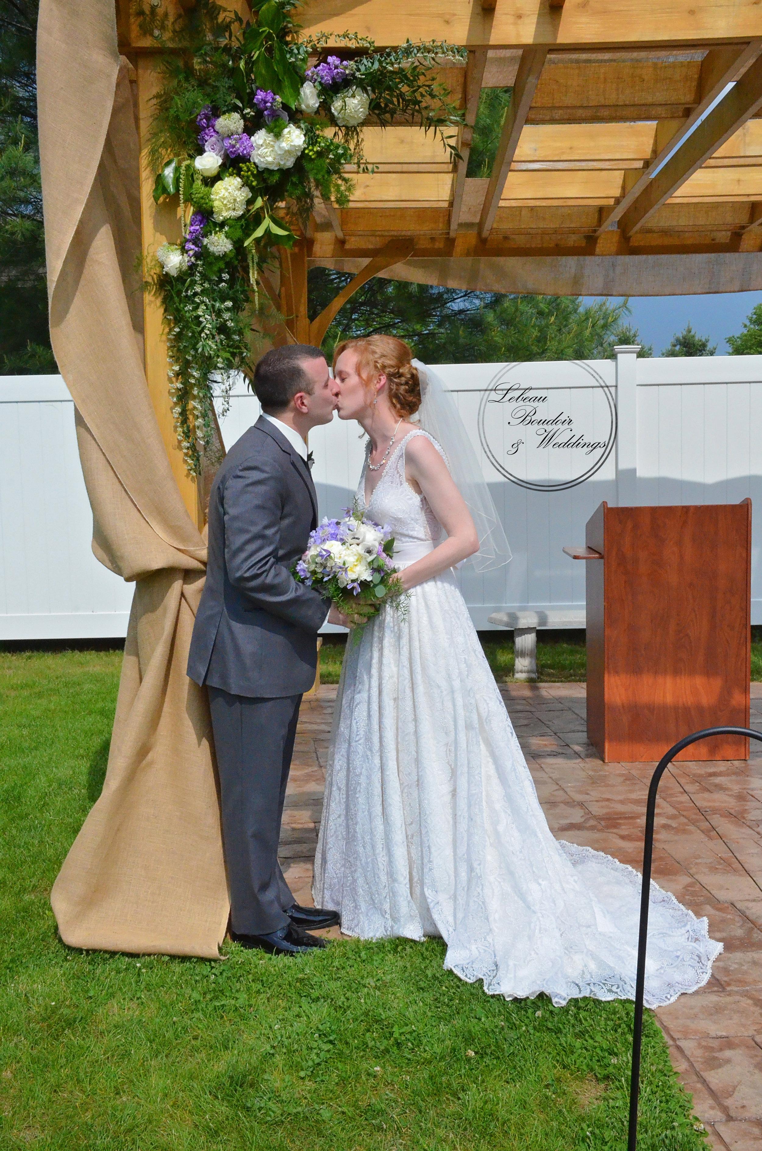 Hadley Farms Wedding Love, Hadley MA