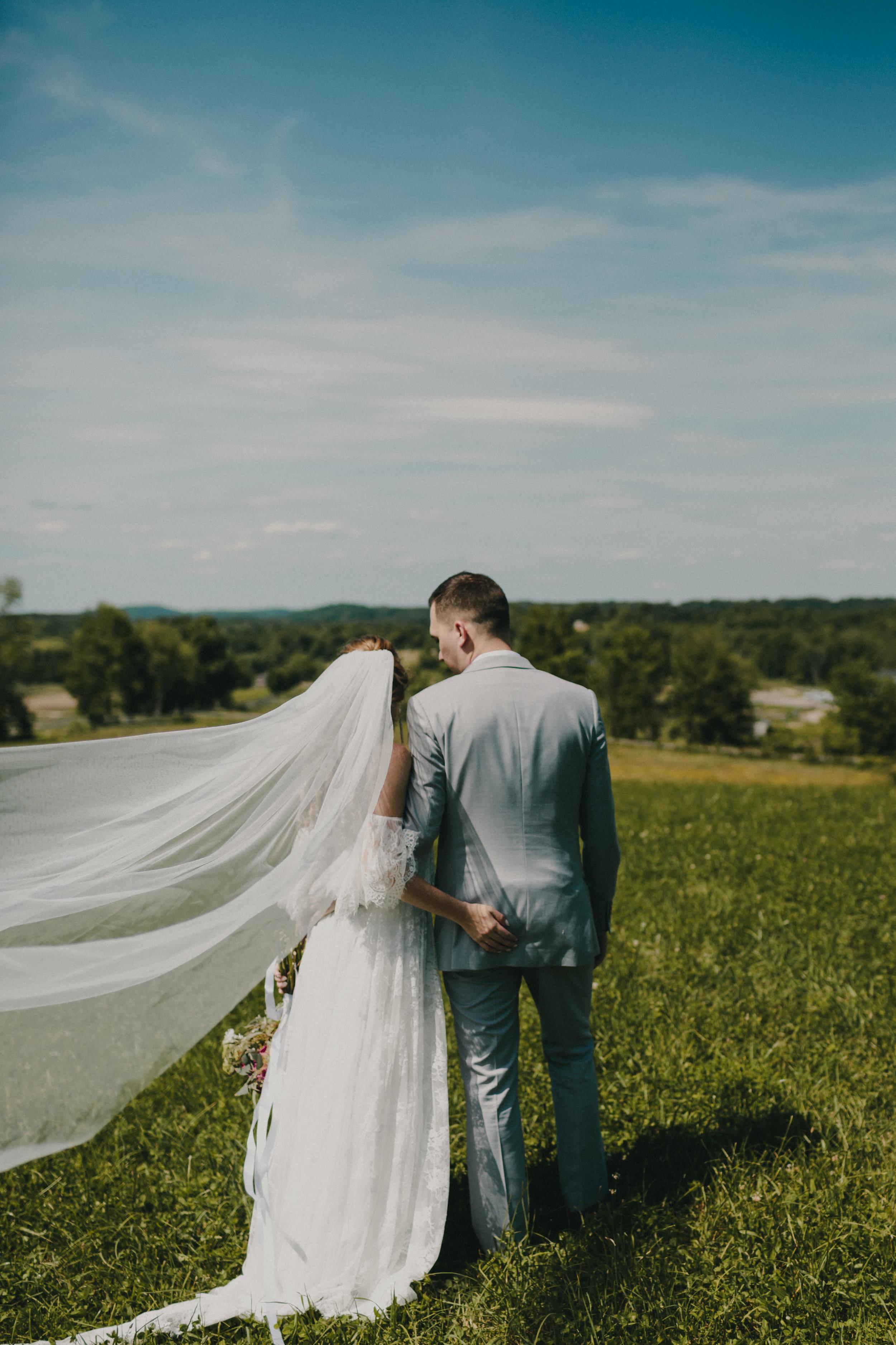 311-20180616-Amanda_Brett_Catskills_Summer_Boho_Wedding.jpg
