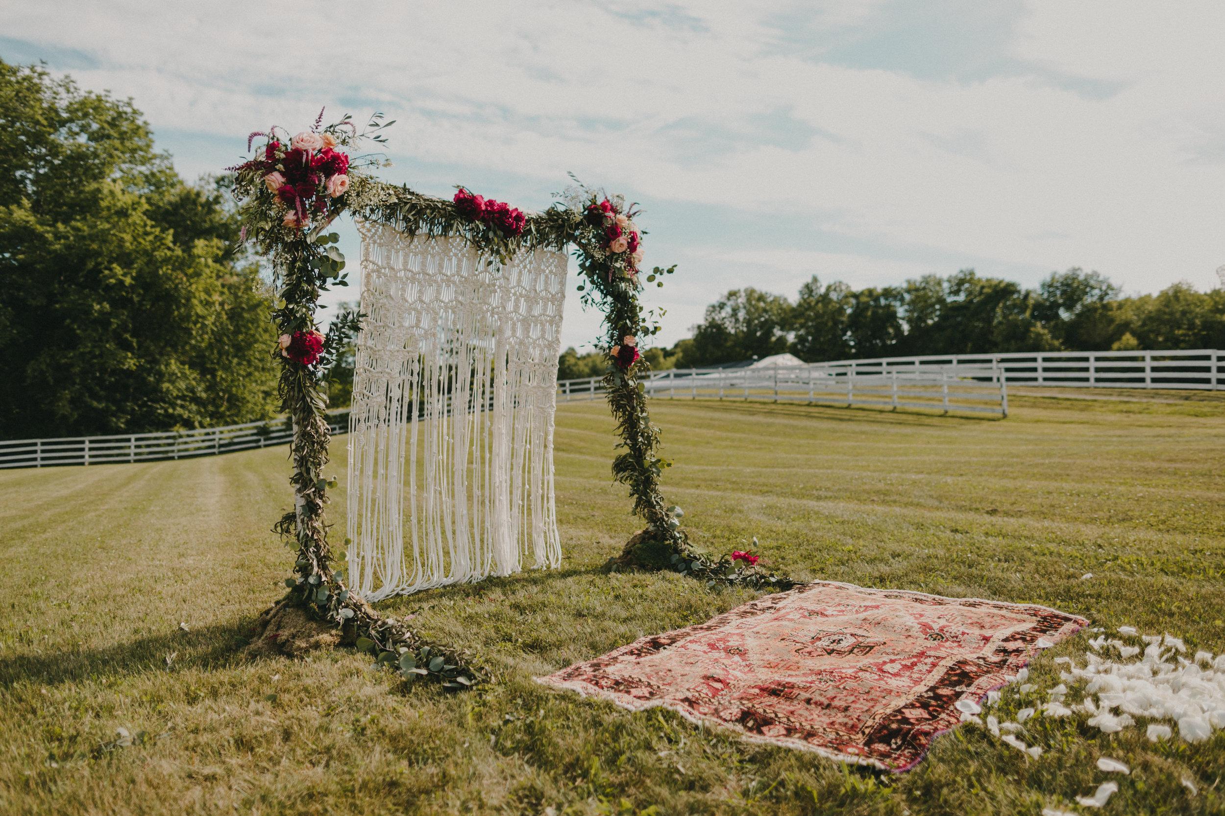 800-20180616-Amanda_Brett_Catskills_Summer_Boho_Wedding.jpg