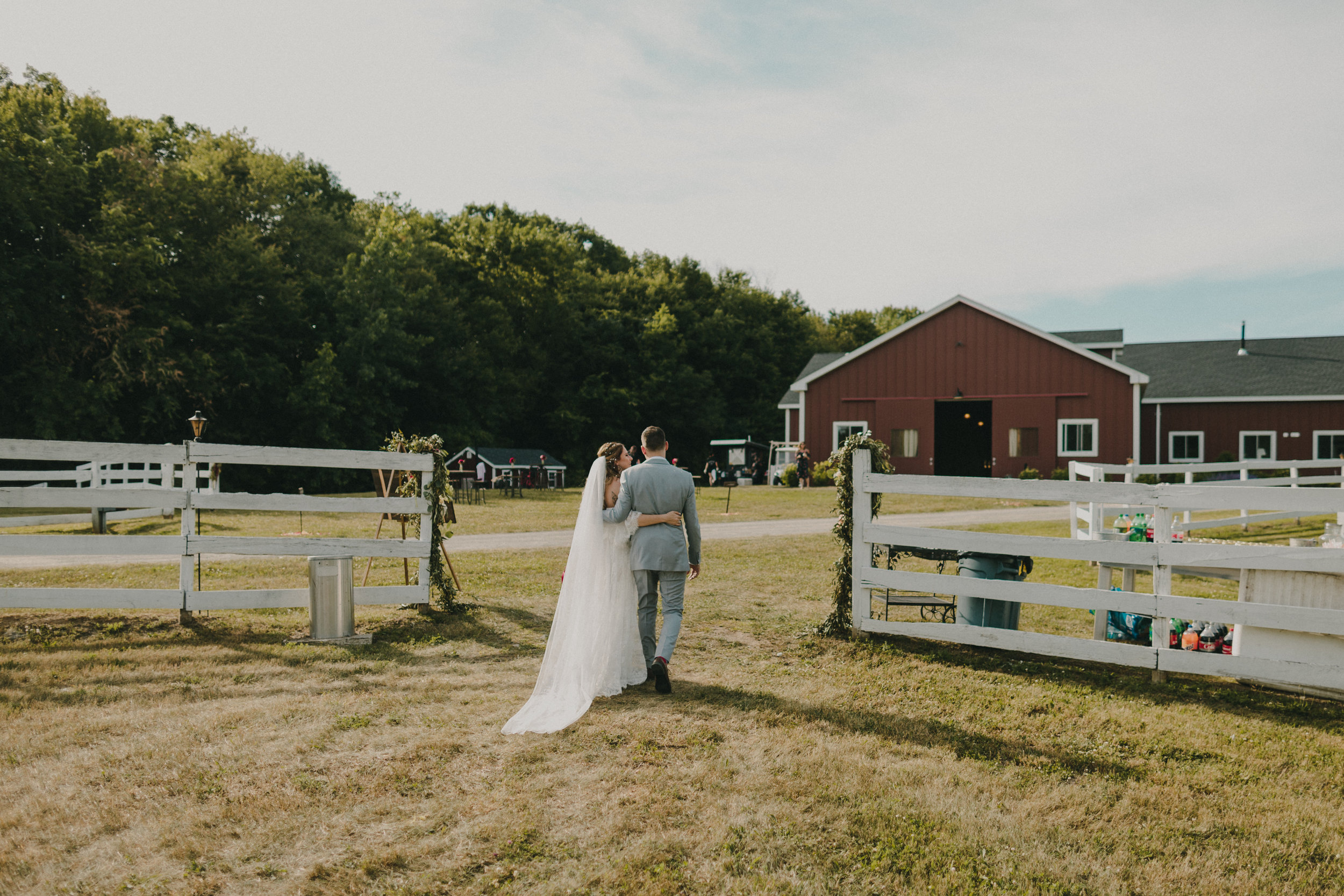 1106-20180616-Amanda_Brett_Catskills_Summer_Boho_Wedding.jpg