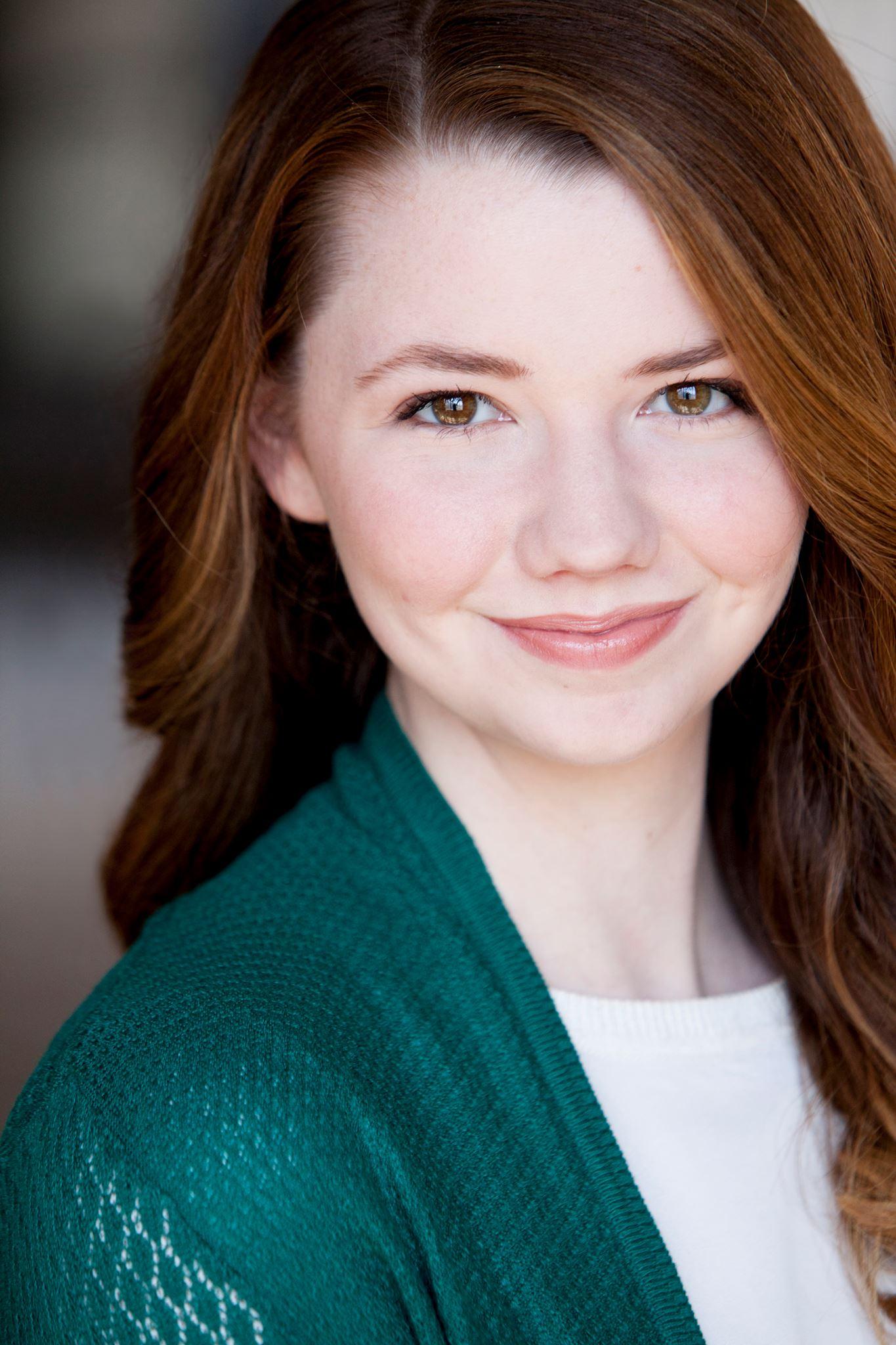 Julia Crump (Betty)