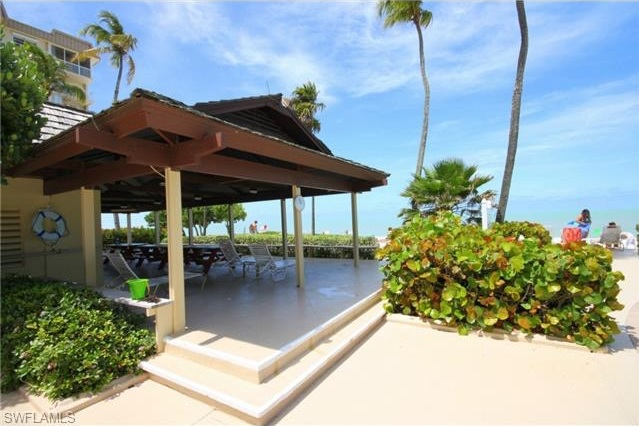 Beachfront condo in Naples Florida