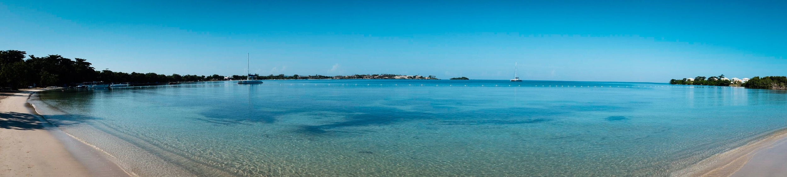 Panorama of the beach in front of the hotel.....