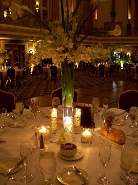 109-Lighted Vase.jpg