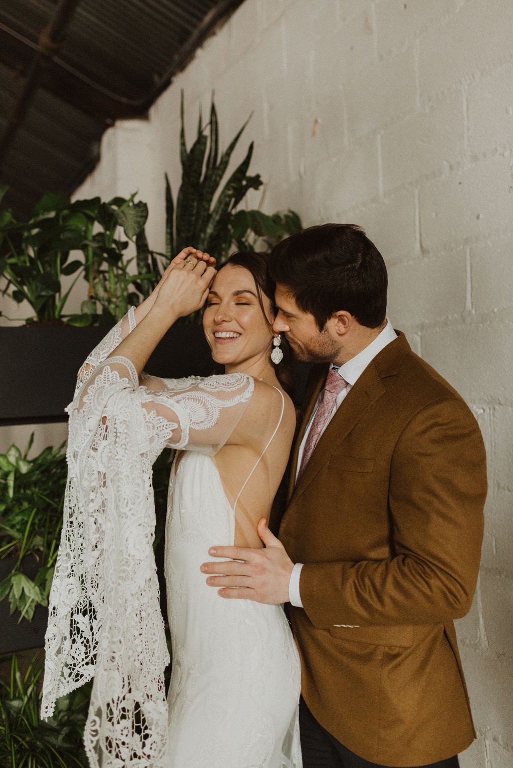 Earth Tones Wedding Inspiration Photo b y Nicole Ashley