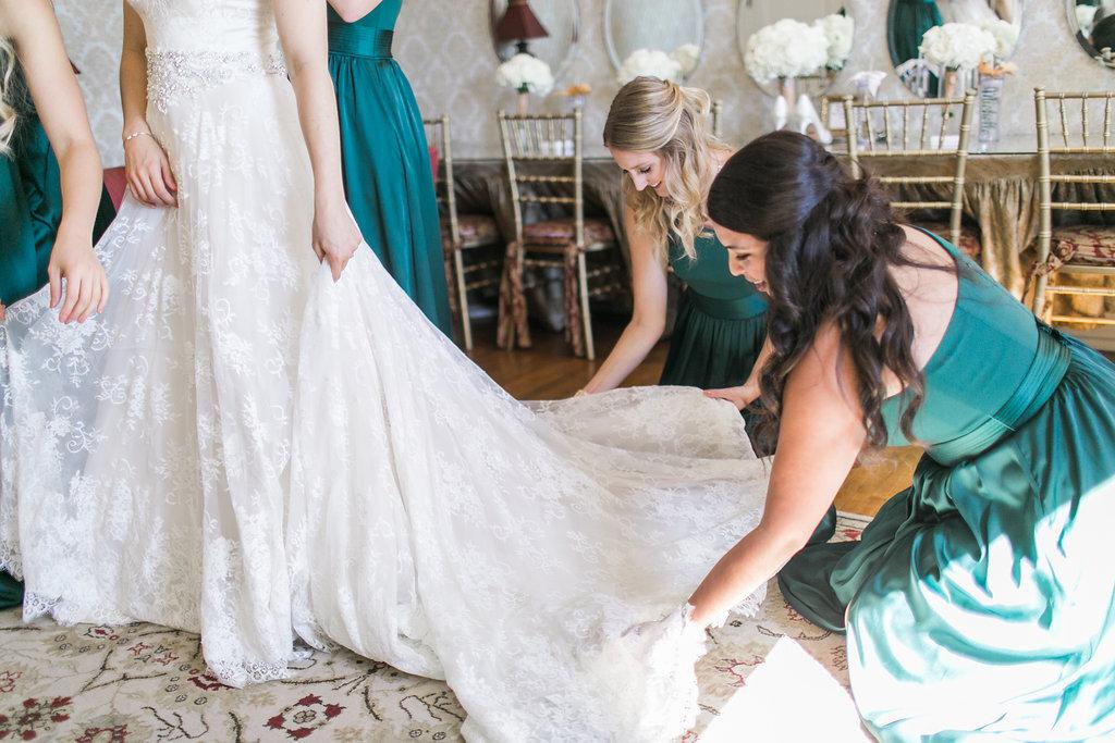 Lace Wedding Gown Emerald Green Bridesmaid Dresses Minneapolis Wedding