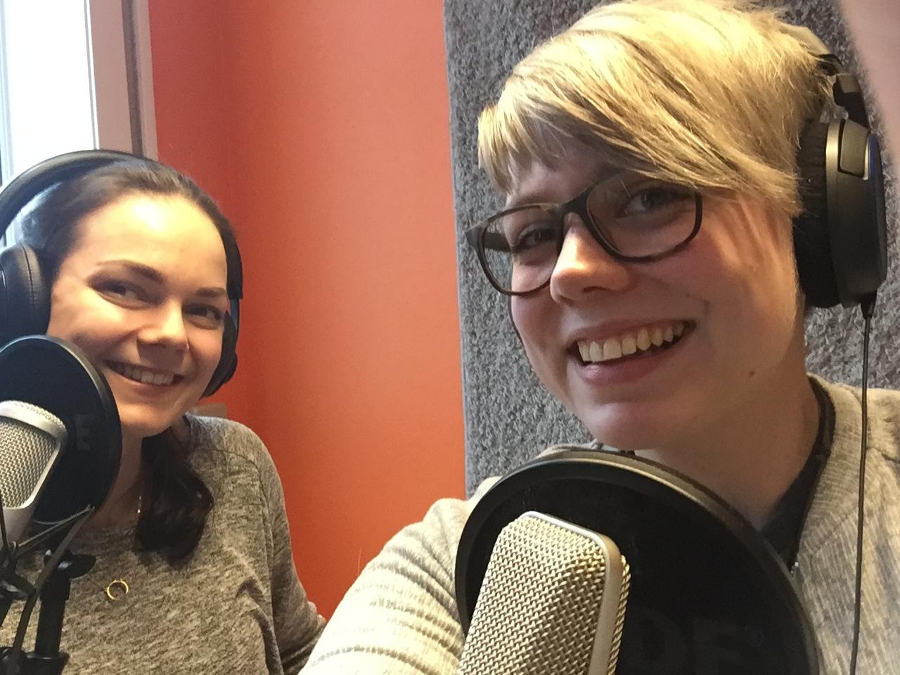 Lisa (tv) og Marie er i gang med sin podcast kWins