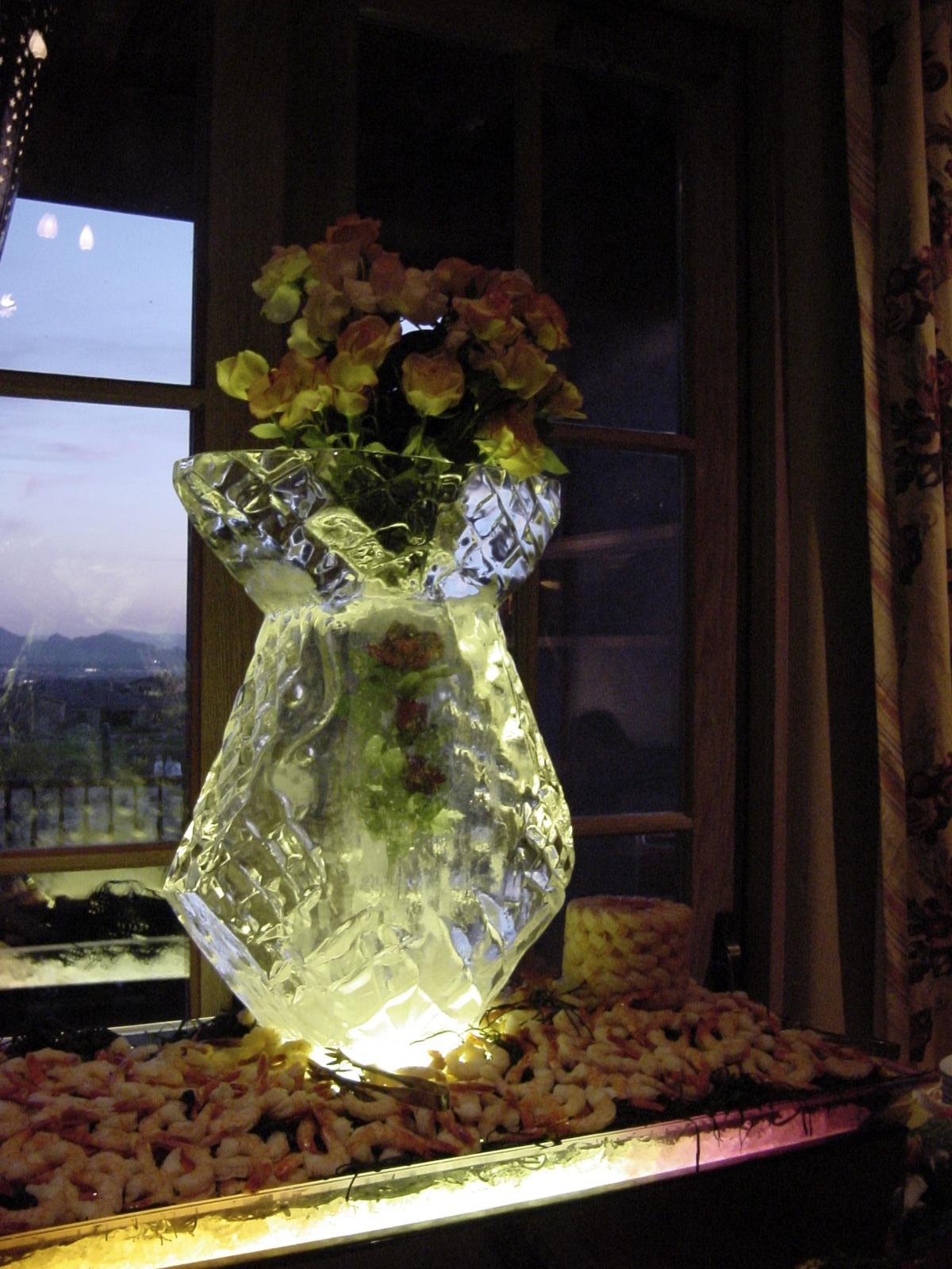 3-24-01 Vase 19.jpg
