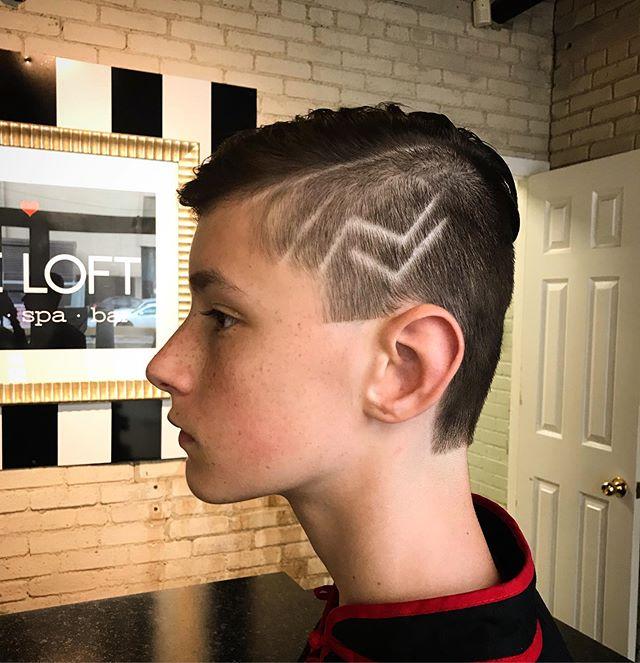 Back to School Ready!! ✏️📚 #menshair #winnipegstylist #redkenbrews #redken #stylingpaste #winnipegsalon #hairtattoos #mensstyle 💇🏼♂️#menshaircuts #backtoschoolready