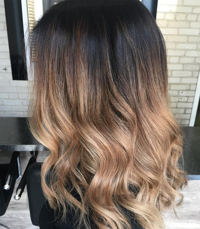 The perfect fall balayage 🍂🍂 . . . #theloftwinnipeg #thebestofbalayage #kerastaseclub #kerastase #balayagehair #fallhair #dimensionalcolor #dimensionalbrunette #longhairgoals #balayagehairgoals #olaplex #olaplextreatment #healthyhair #behindthechair #behindthechair_com #behindthechairstylist #behindthechaironeshot #winnipeg #winnipegstylist #winnipegsalon #winnipeghair #winnipeglocal #downtownwinnipeg #downtownwinnipegbiz