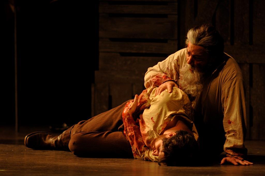 Act III Scene 2 - Death of Ollie.jpg