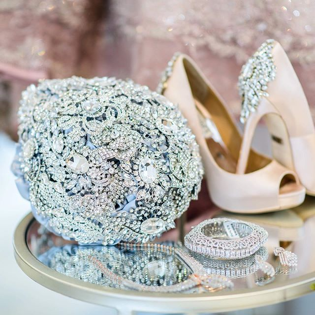 Fridays are for bling and swerving looks! Let's embrace the weekend and get ready to rock this summer weather! - #CYEweddings #dcbride #weddingprofessionals #baltimoreweddingplanner #dcweddingplanner #dcwedding