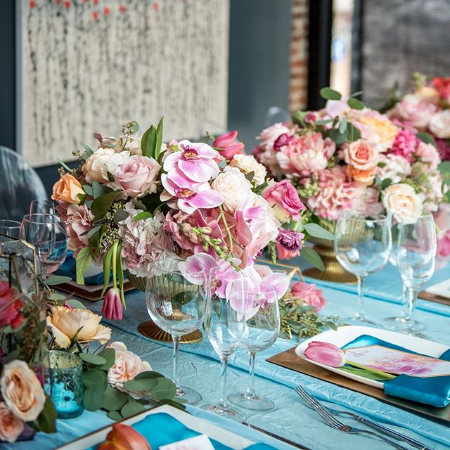 """Flowers… are a proud assertion that a ray of beauty out values all the utilities in the world."" – Ralph Waldo Emerson⠀ -⠀ Planning: @completelyyours⠀ Florals: @bellafiorievents⠀ -⠀ #CYEweddings #dcwedding #dcweddingdesign #weddingcenterpeices #weddingflowers #weddingtabledesign"