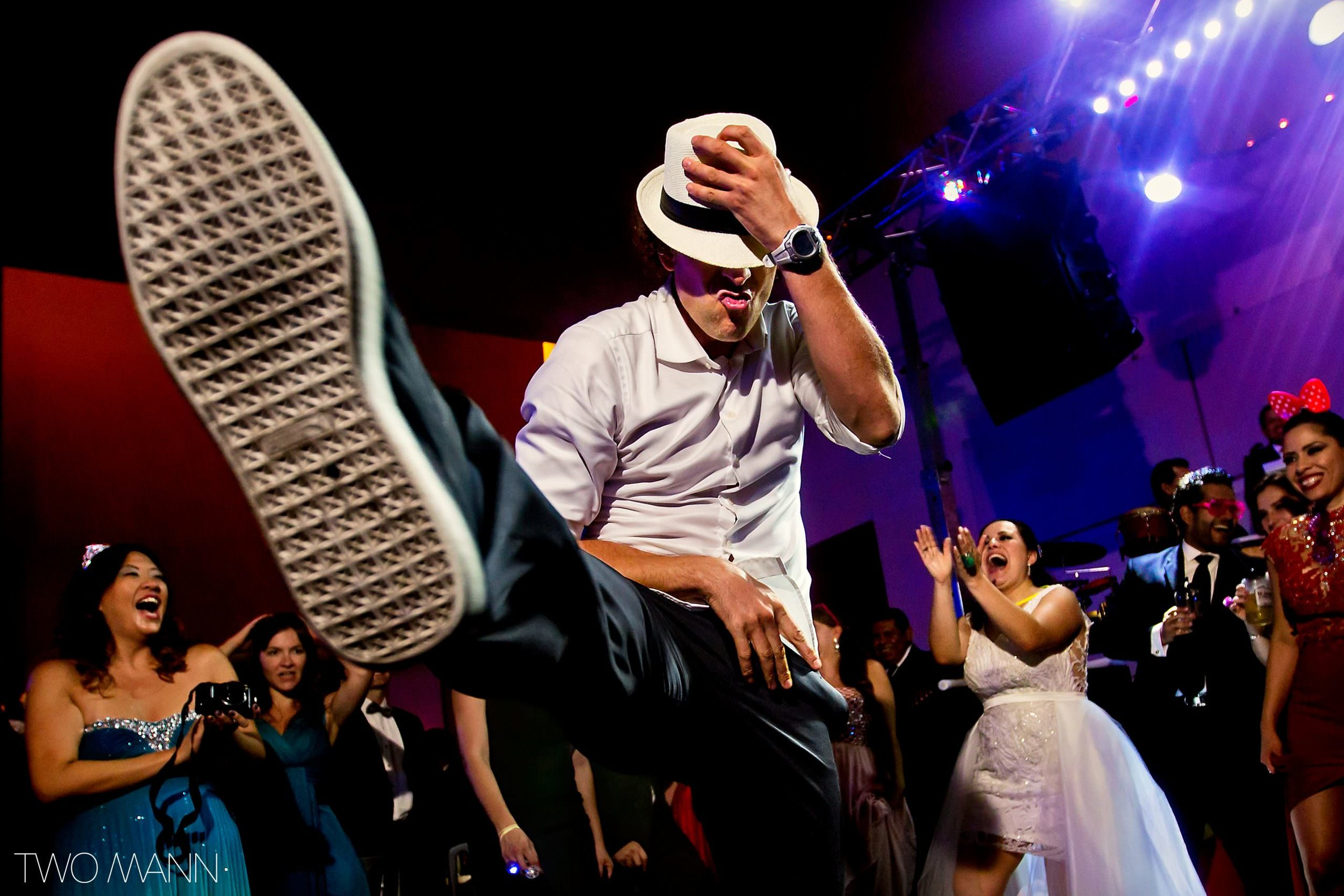 Mexico-Wedding-Photography-Two-Mann-Monica-Mike-Monterrey-41-2560x1707.jpg