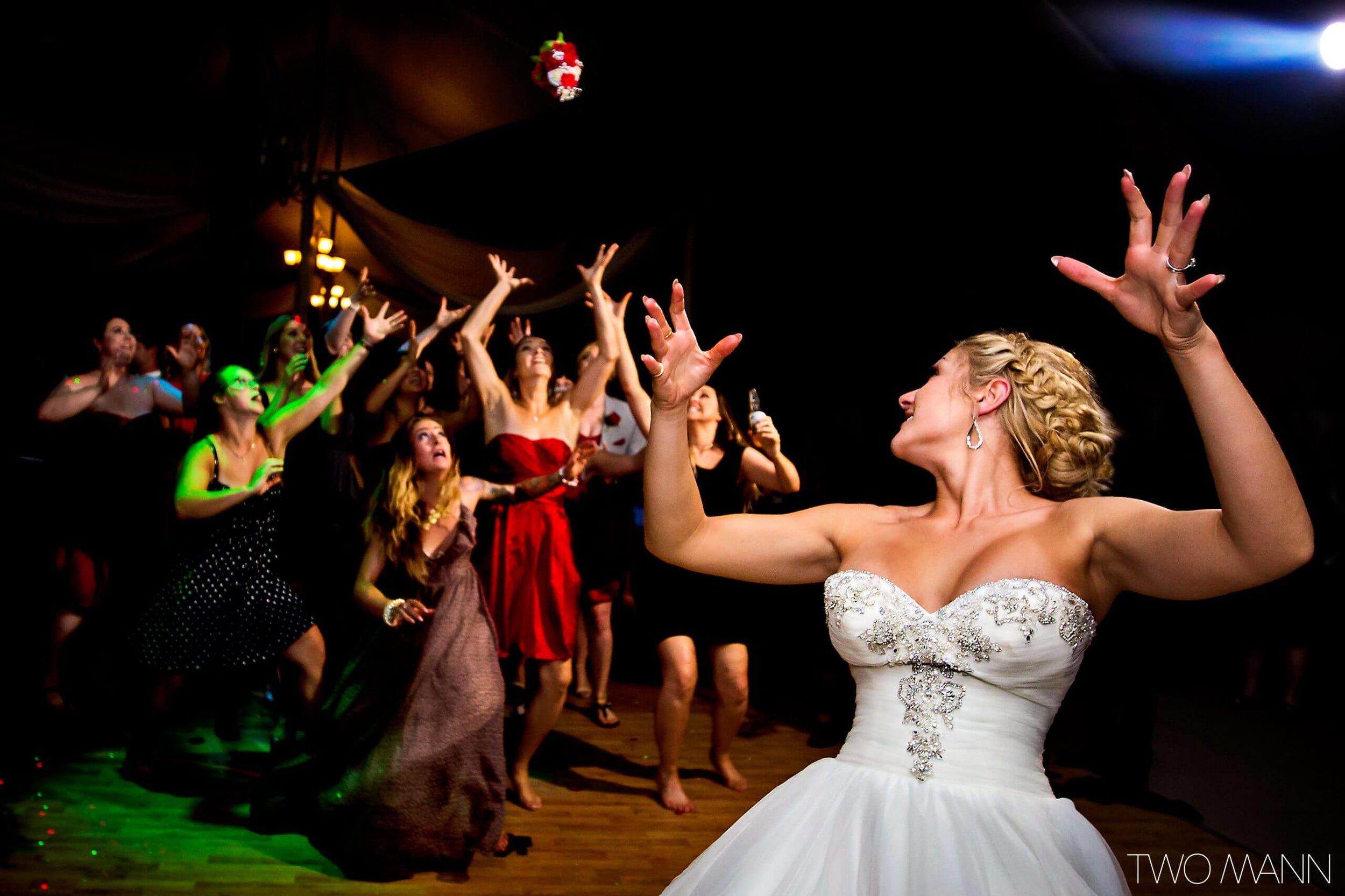 Two-Mann-Studios-Worlds-Best-Wedding-Photography-Best-of-2016-060-2560x1706.jpg
