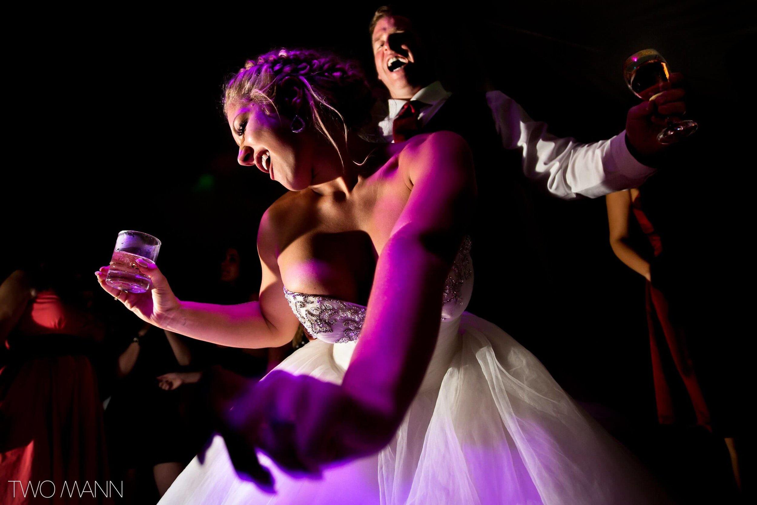 Two-Mann-Studios-Worlds-Best-Wedding-Photography-Best-of-2016-063-2560x1707.jpg