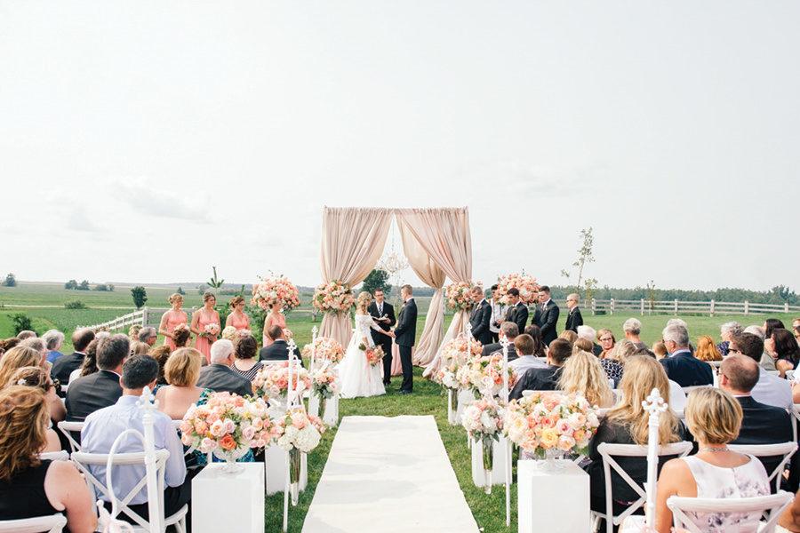 barn-wedding-0033-33-900x600.jpg