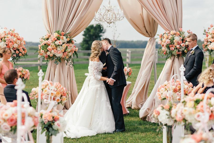 barn-wedding-0035-35-900x600.jpg