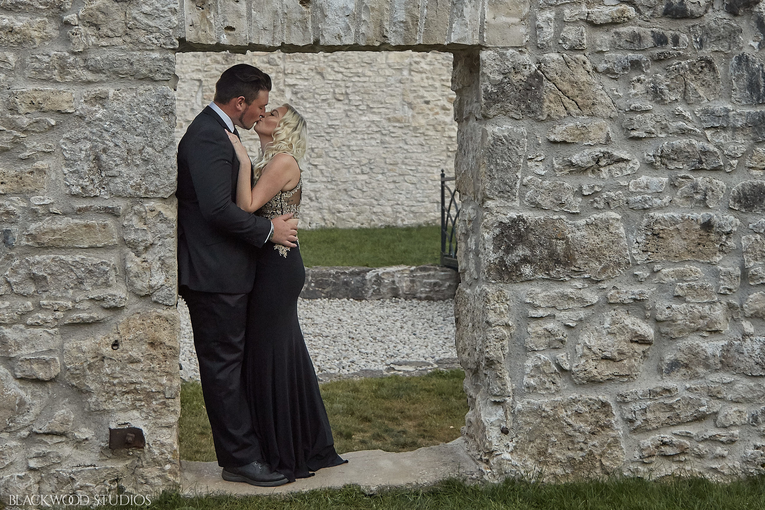 20171001 18-26-50 Nickee and Adam Engagement 0084.jpg