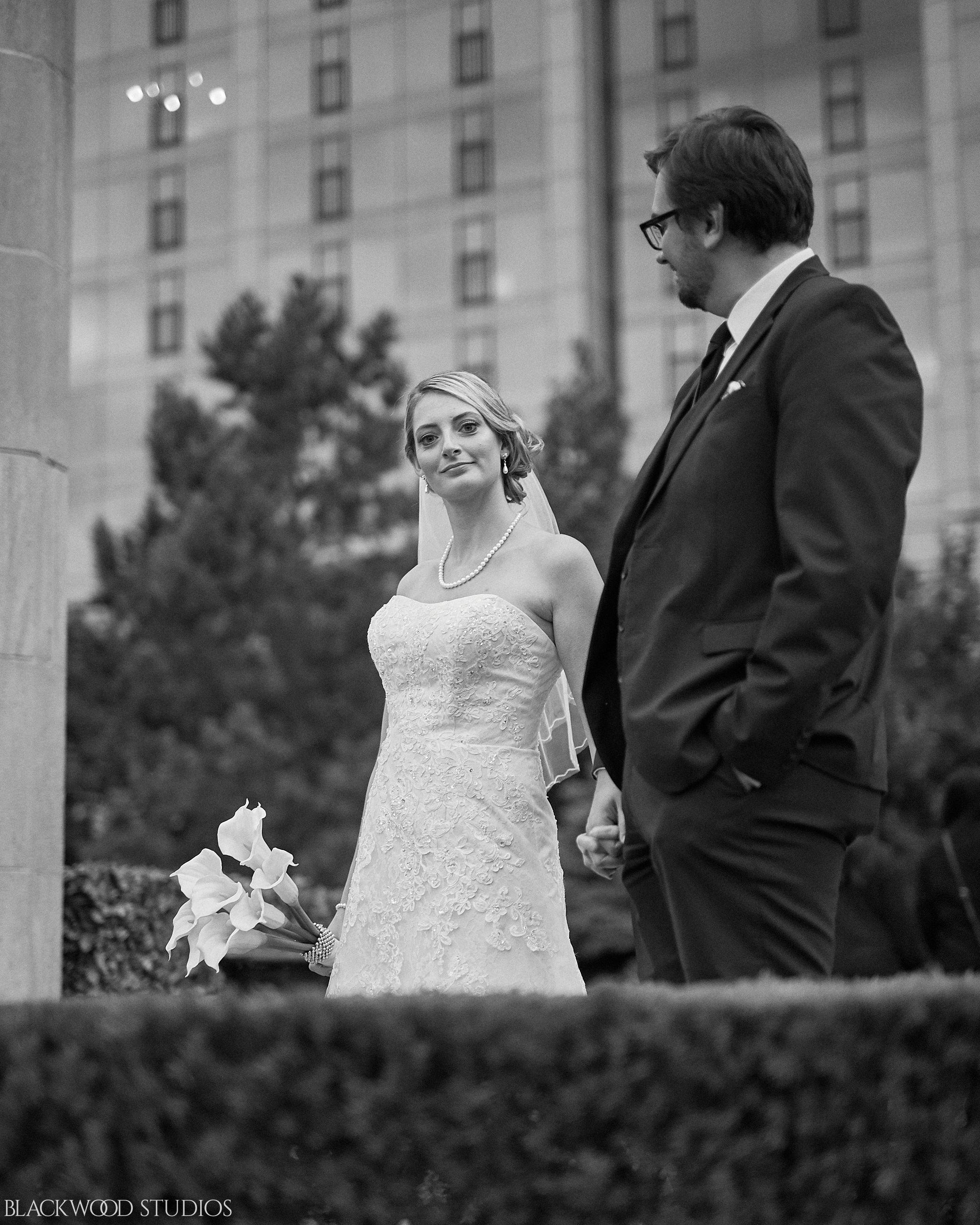 Blackwood-Studios-Wedding-Photography-20170928-185514-Marek-Katie-Michalek-Oakes-Garden-Theatre-Niagara-Falls-Ontario-Canada.jpg