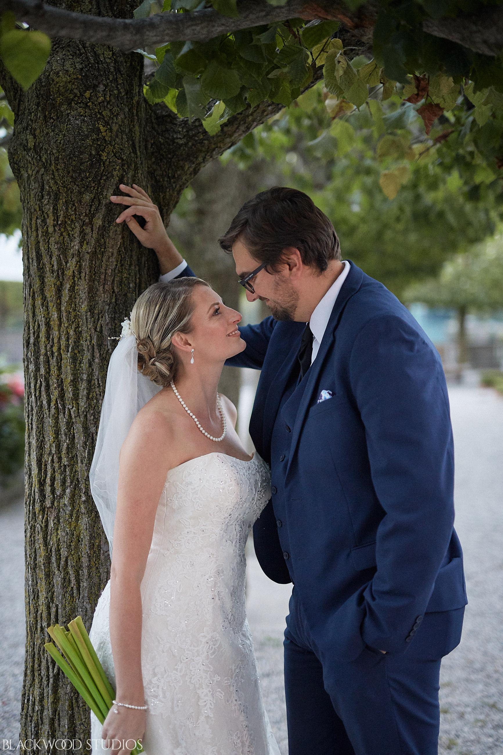 Blackwood-Studios-Wedding-Photography-20170928-185749-Marek-Katie-Michalek-Oakes-Garden-Theatre-Niagara-Falls-Ontario-Canada.jpg